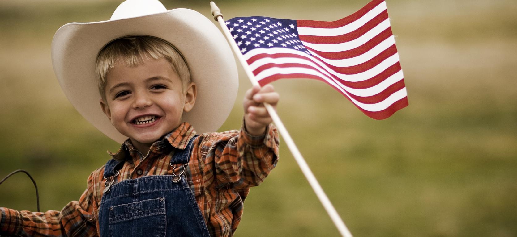 Con cái của đương đơn được học miễn phí tại Mỹ đến năm lớp 12 - lao động eb3