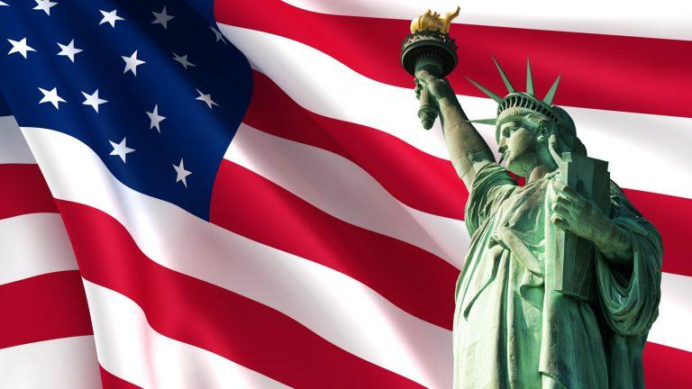 Định cư Mỹ - thử thánh và cơ hội