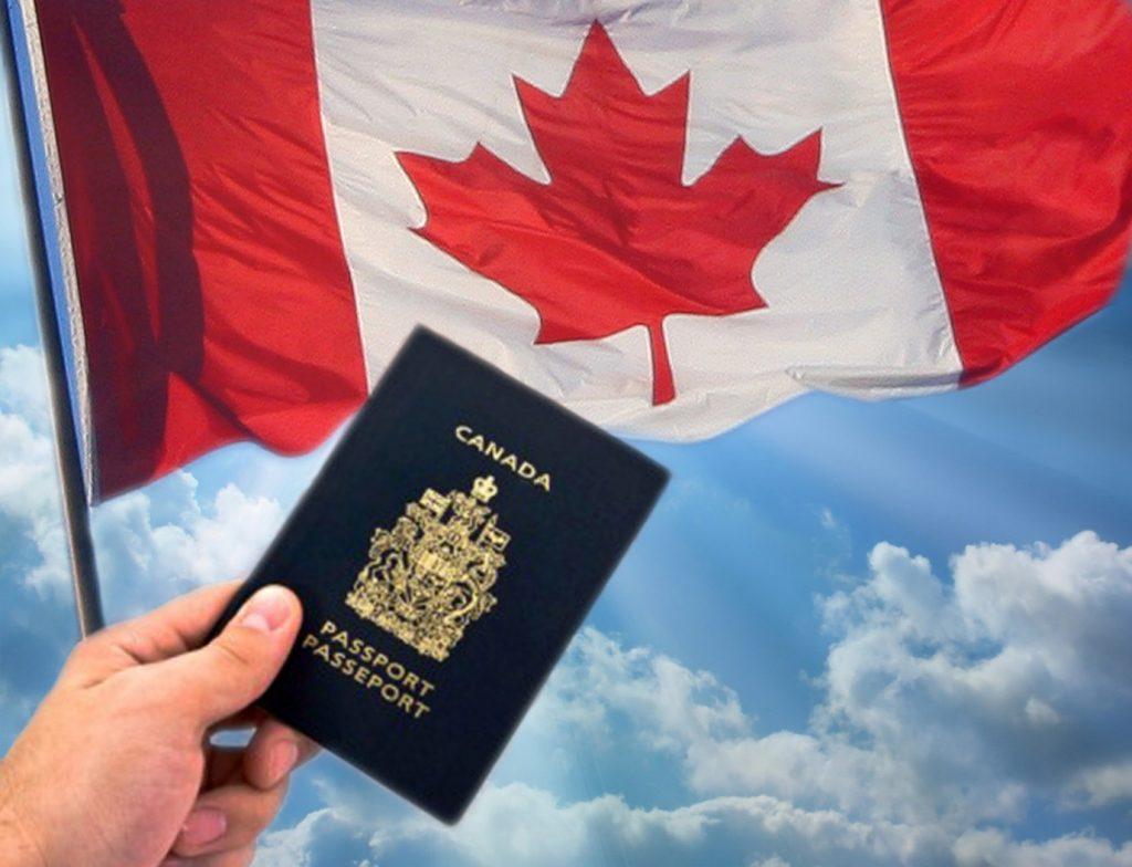 Hộ chiếu Canada là một trong những hộ chiếu mạnh nhất trên thế giới, nhưng nó cũng có những quy định nghiêm ngặt khi nói đến loại ảnh bạn có thể sử ...